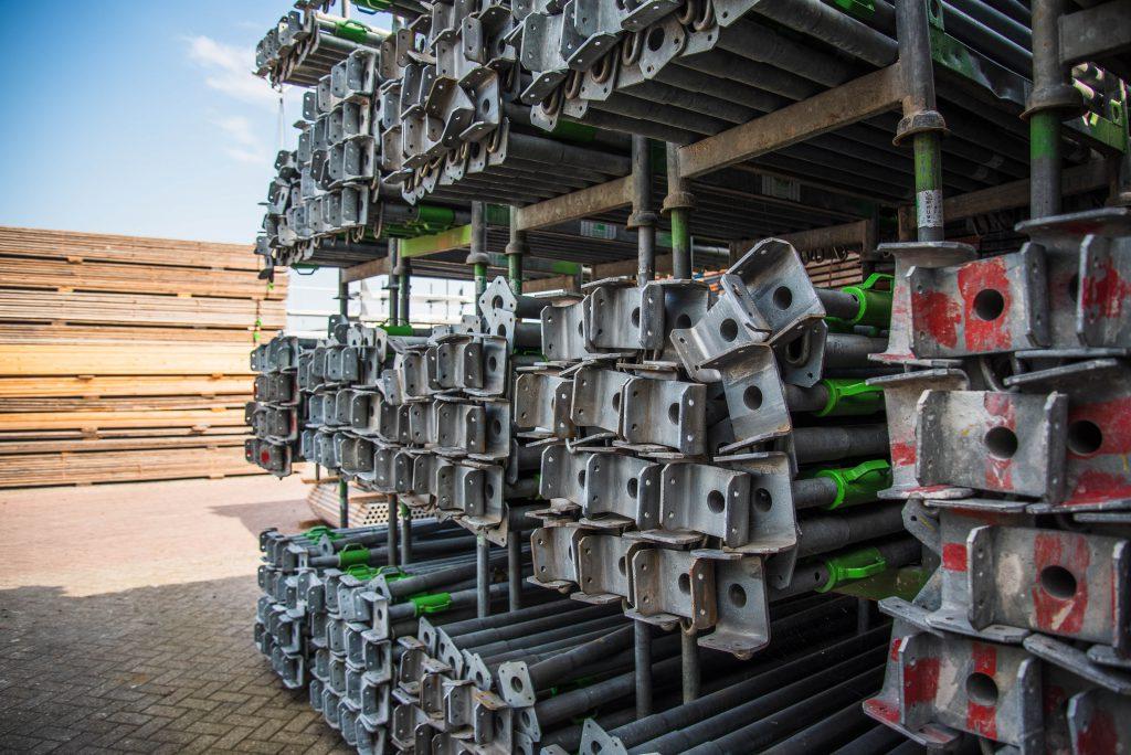 steeldeck props